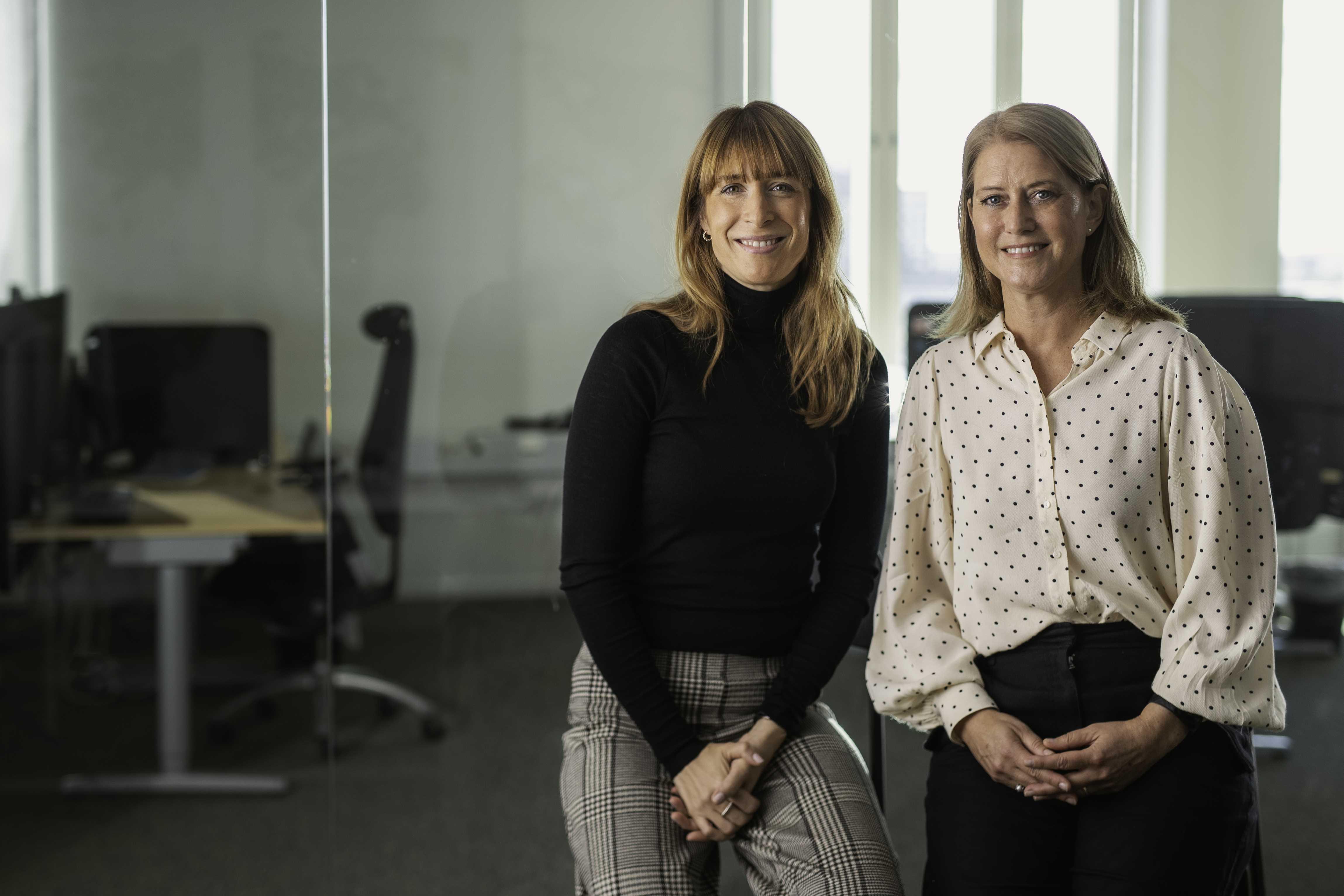 2 Mitarbeiterinnen von Esri